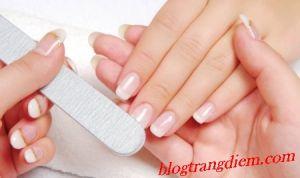 Cách chăm sóc móng tay đúng cách ?