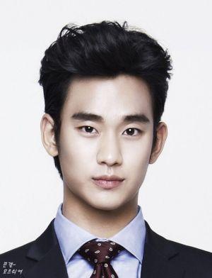 Kiểu tóc phù hợp với chàng có khuôn mặt dài và gầy