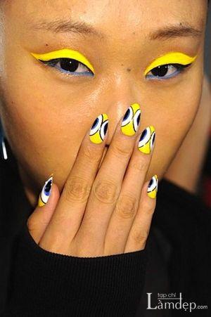 Những mẫu móng tay nail họa tiết hình học đẹp sành điệu
