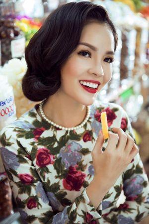 Tóc uốn xoăn ngắn cổ điển đẹp của mỹ nhân Việt