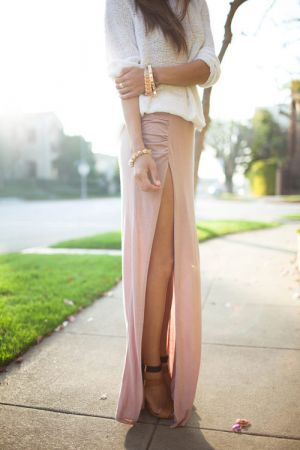Váy đầm maxi xẻ đùi đẹp cho cô nàng công sở