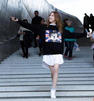 Áo khoác nữ phong cách Hàn cực năng động