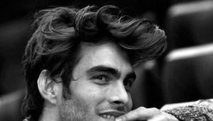 Kiểu tóc nam với phong cách mới lạ cho na