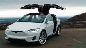 Trung Quốc hack thành công xe điện của Tesla