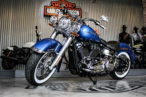 Harley-Davidson Softail Deluxe 2018 giá gần một tỷ