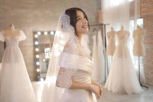 Những bộ váy Nhã Phương đặt may riêng cho lễ cưới của mình