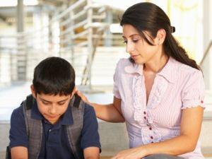 Những cách dạy con điển hình đầy thất bại của cha mẹ