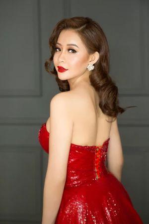 Hải Dương lộng lẫy với đầm dạ hội đỏ rực quyến rũ