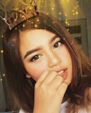 Không chán trước vẻ đẹp lai của hot girl Thái gốc Việt
