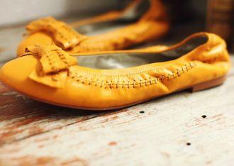 Ngất ngây với BST giày bệt mùa hè độc đáo