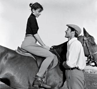 Phong cách thời trang đời thường của Audrey Hepburn độc đáo
