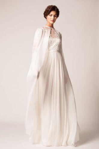 BST váy cưới đang làm mê đắm cô dâu