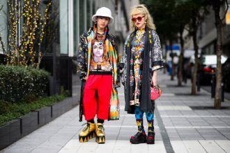 Những tín đồ thời trang mặc khác người ở Nhật Bản
