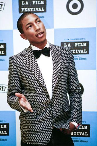 Style 'biểu tượng thời trang Mỹ' Pharrel Williams cá tính