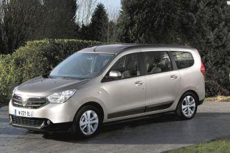 """Đối thủ mới của Toyota Innova khiến người tiêu dùng """"phát cuồng"""""""