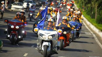 """Ngắm dàn môtô """"khủng"""" diễu phố Đà Thành"""