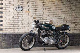 Cafe Racer Burton chiếc mô tô độ với khung sườn Anh, động cơ Mỹ