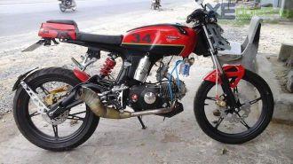 Honda 67 độ phá cách đầy thể thao của biker 9X đam mê, hoài cổ