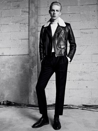 BST thời trang nam thu đông của Sandro mạnh mẽ