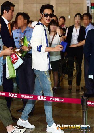 Hot Boy Lee Min Ho bụi phủi, điển trai ở sân bay