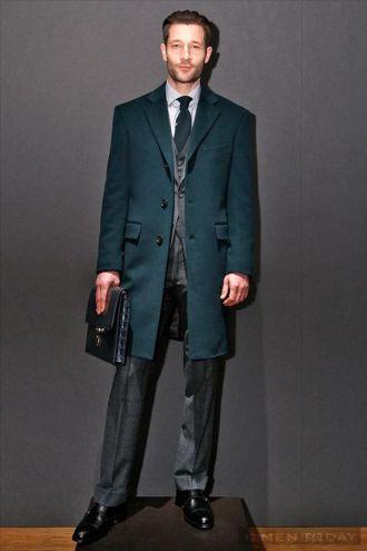 Mẹo chọn áo khoác thu đông của Gieves cho chàng ấm áp