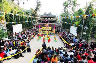 Những lễ hội đầu xuân thích thú của Việt Nam