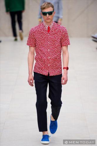 Style nam xuân hè từ Burberry đầy phong cách
