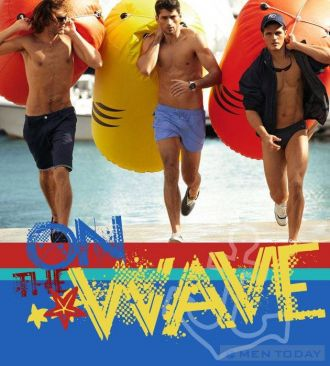 Thoải mái lướt sóng biển mùa hè cùng quần bơi