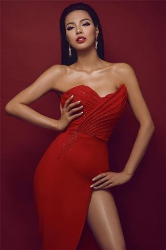 Áo dài của Khả Trang được tôn vinh tại Miss Eco Universe 2016