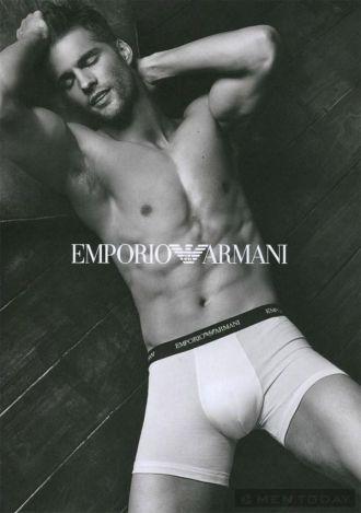 Emprorio Armani, Prada tung bộ ảnh Thu/Đông