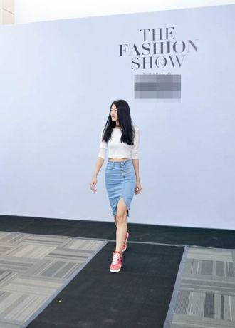 Kha Mỹ Vân tái xuất với giới mộ điệu thời trang