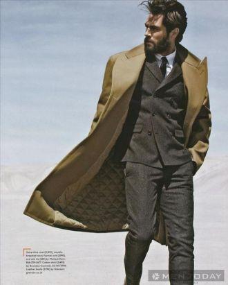 Mẹo Mix đồ nam thu đông cùng trench coats trên Esquire mạnh mẽ