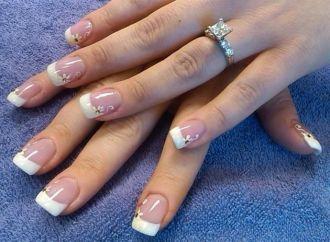 18 mẫu nail sang trọng quý phái cho cô dâu