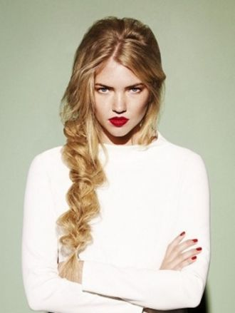 20 kiểu tóc cho nàng lộng lẫy sang trọng dự tiệc cuối năm