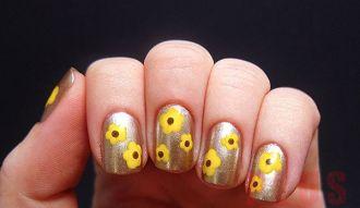 9 kiểu nail hình hoa đầy phong cách cá tính