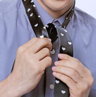 Cách thắt cà vạt nam đơn giản nhanh chóng