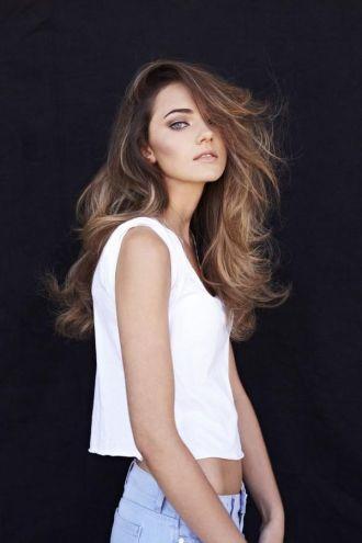 Hướng dẫn chăm sóc tóc chắc khỏe đơn giản hiệu quả
