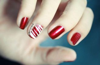 Kiểu móng tay nail đơn giản cho người mới tập vẽ móng tự tin