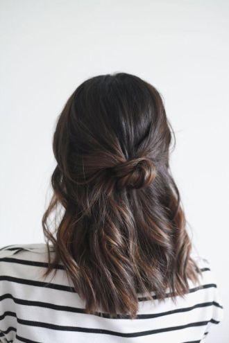 Những kiểu tóc búi đẹp cho nàng sành điệu đến chốn công sở cá tính