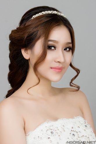 Những kiểu tóc cô dâu đơn giản cho mọi khuôn mặt