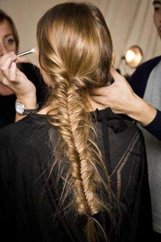 Những kiểu tóc đẹp đơn giản trẻ trung cho bạn gái dạo phố hè