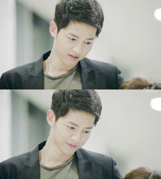 Những kiểu tóc nam đẹp của Song Joong Ki trong Hậu duệ mặt trời lịch lãm