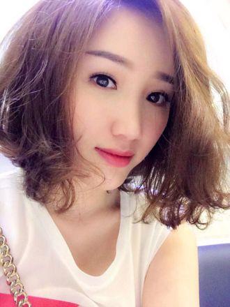 Những kiểu tóc xoăn ngắn đẹp nhất cho bạn gái trẻ trung