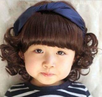 Những mẫu tóc đẹp cho bé gái vào mùa thu xinh xắn mạnh mẽ