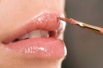 Những Sai lầm khi dùng son môi mà bạn gái rất hay mắc phải