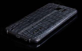 Samsung Galaxy S7 edge phiên bản da cá sấu giá 1.900 USD
