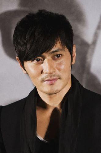 Tóc nam tỉa so le cho chàng đẹp như sao kpop Hàn Quốc cá tính
