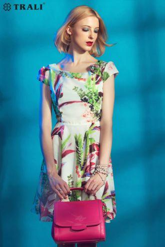 Váy đầm họa tiết liền thân sành điệu cho nàng công sở