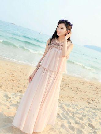 Váy maxi vải voan cho nàng điệu đà những ngày đi biển