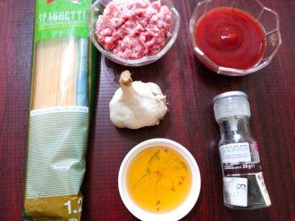 Mỳ Ý sốt thịt băm thơm ngon không kém ngoài tiệm cho gia đình